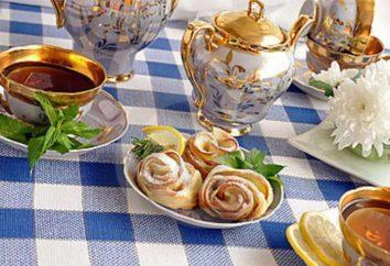 Der beste Schritt für Schritt Rezepte mit Fotos: wie Rosen mit Äpfeln aus Blätterteig machen