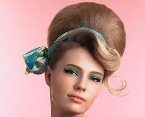 Geschichte Frisuren Frauen schmücken