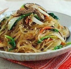 Funchoza com legumes: deliciosas receitas para pratos e salada picante