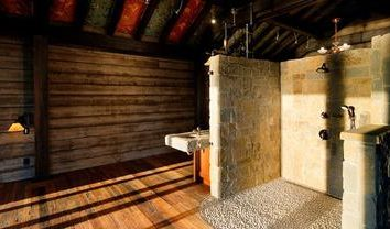 Comment construire un sauna à partir d'un bar avec vos mains? Faits saillants
