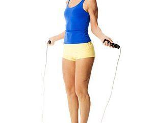 Come saltare la corda per perdere peso. semplici consigli