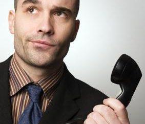 Quel est le sujet le plus approprié pour parler avec un gars au téléphone?