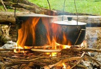 Suppe auf einem Feuer in einem großen Kessel: vor allem Kochen, Rezepte und Bewertungen