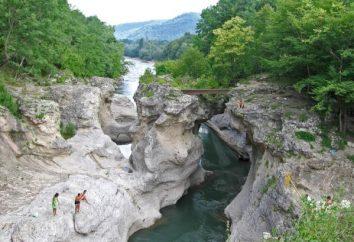 Khadzhokhsky Gorge (Kamennomostski Dorf): Ruhe, Beschreibung, Lage und Fotos