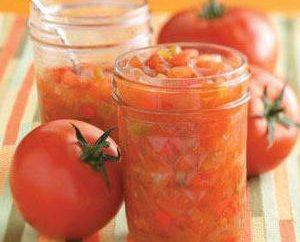 Aperitivos para los tomates de invierno: recetas con rábano picante, pimiento, pepino