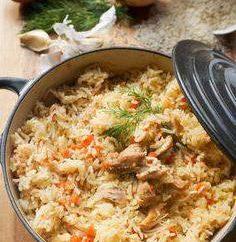 Comment faire cuire le risotto dans une casserole avec le poulet. Recette et quelques conseils pour les cuisiniers novices