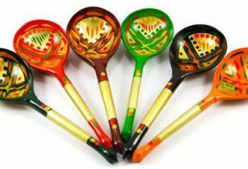 art populaire: cuillères d'instruments de musique