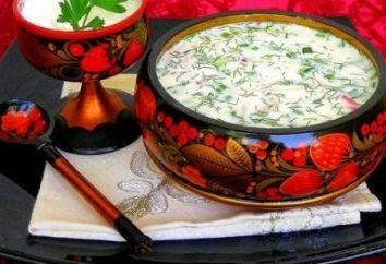 Delicious okroshka sur l'eau minérale et la mayonnaise