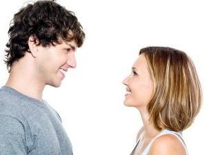 Como iniciar uma conversa com um cara?