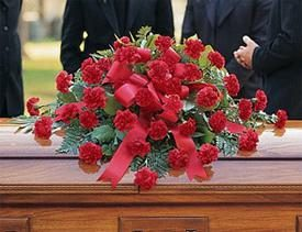 Quali sono i fiori per i funerali di un uomo e di una donna? Noi scegliamo correttamente