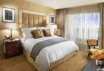 La scelta di tende e copriletto per camere da letto