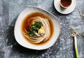 Salada Funchoza, feito com suas próprias mãos: um delicioso elemento da culinária japonesa