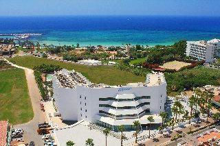 """Un lugar para la recreación juvenil – hotel """"Margadina"""" Chipre"""