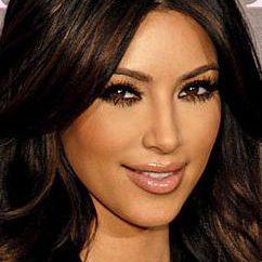 Kim Kardashian: altezza, peso, e fatti interessanti