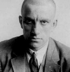 """Una breve analisi letteraria: """"Giubileo"""" (Majakovskij). Caratteristiche poesie dell'autore"""