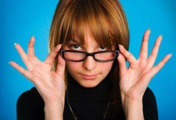 """Dziewczyna w okularach. """"Ocharovashka"""" lub """"zauchka""""?"""