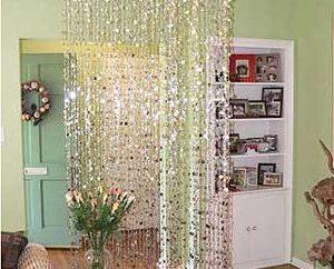 Wie machst du Vorhänge mit deinen eigenen Händen von Perlen?