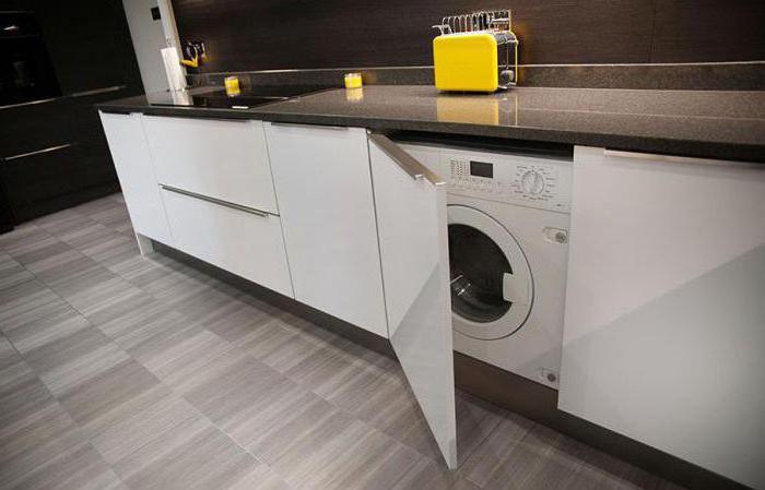 Waschmaschine in der Küche: die Vor- und Nachteile