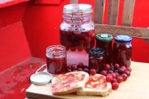 Wie die Marmelade von Mirabellen zu kochen, für den Winter ausgespielt