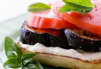 Sandwich à l'aubergine, le fromage et l'ail – un plat parfait pour une collation rapide