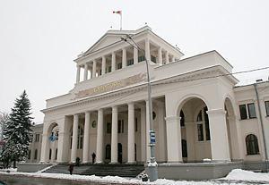 Aeropuerto Minsk 1 – la misma edad que la aviación bielorruso