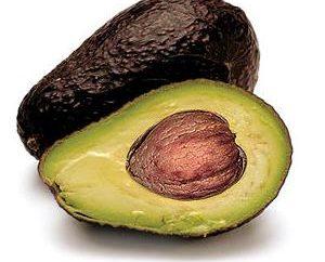 Come pulire l'avocado e come mangiare correttamente