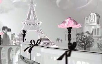Parfum « petite robe noire » – cinq options de féminité