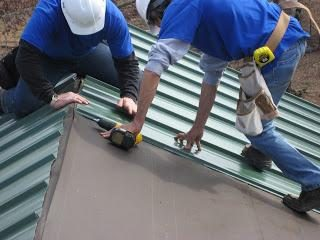 Instalacja z metalu: błędy w konstrukcji dachu