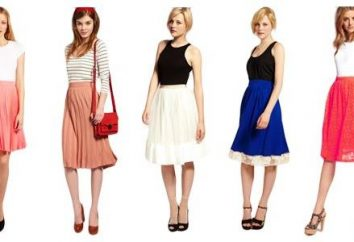 Plisowana spódnica – stylowy poza sezonem rzecz