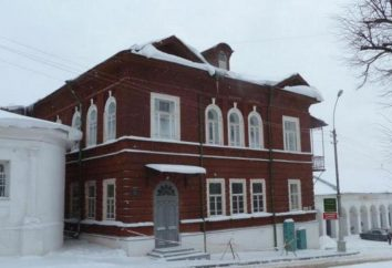 Kostroma: Muzeum Historii Naturalnej, Muzeum Romanov i muzeum architektury starożytnego