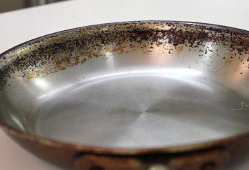 femme au foyer Conseils: comment nettoyer la casserole d'un dépôt