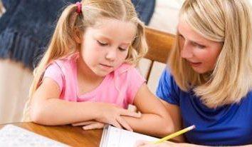 Cómo hacer de la escuela primaria cartera alumno con sus manos