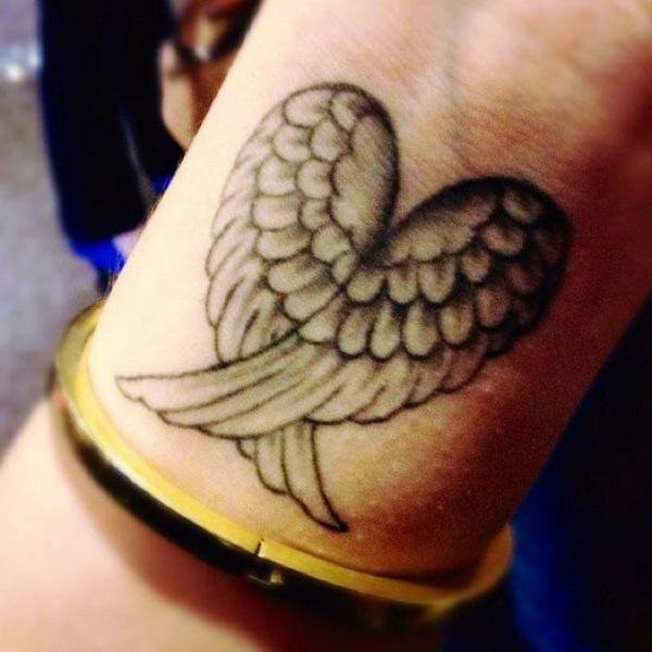 Błotniki Na Ramieniu Tatuaż Który Pasuje Do Wszystkich