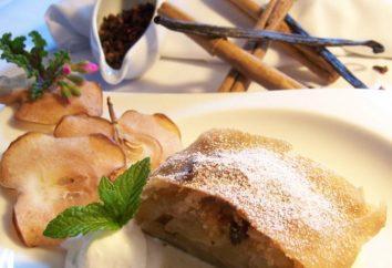massa folhada delicioso com maçãs e porcas de massa de queijo cottage
