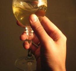 Preparazione vino di tarassaco. Fits-all