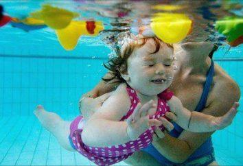 Wie ein Kind zu schwimmen zu lehren? Der erste Schwimmunterricht: Tipps