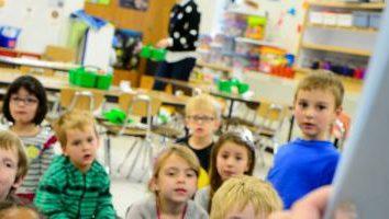 Quando o Dia educadora de infância? Quem é ser claro!