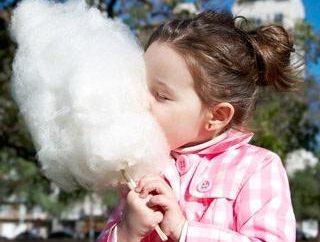 Vorrichtung zum Zuckerwatte als zu Beginn des Geschäfts