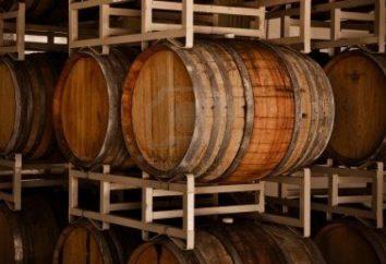 Czerwone wino: nazwa na etykiecie i zawartość butelki