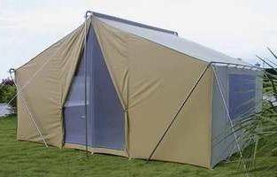 Les tentes avec des moustiquaires – des vacances tranquilles dans la nature
