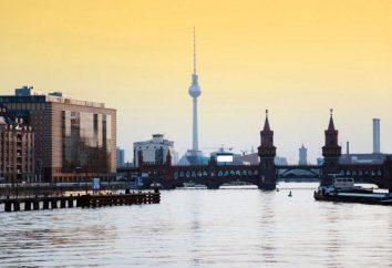 Wieża telewizyjna w Berlinie jest główną atrakcją Niemiec