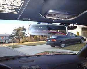 DVR w postaci lustra wstecznego. Opis, opis, opinie