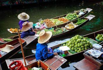 Zakupy w Tajlandii – szereg drobnych kamieni i ubrania