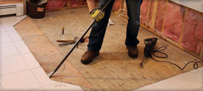 Schritt Für Schritt Anleitung Wie Die Fliesen Aus Dem Boden Entfernen - Fliesen vom boden entfernen