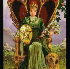Królowa Pentakli: wartość (taro). Królowej pentacles w związku