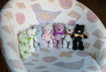 Gestrickte amigurumi Teddybär. Amigurumi Eigenschaften und Funktionsprinzip
