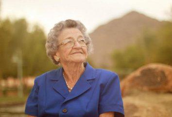 O que dar avó por 90 anos? ideias do presente com suas próprias mãos