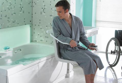 si ge de baignoire pour les handicap s si ge de douche comment cr er des installations pour. Black Bedroom Furniture Sets. Home Design Ideas