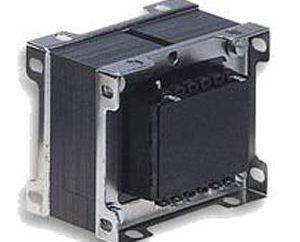 Le bloc d'alimentation (12 V) avec ses propres mains. L'unité de circuit d'alimentation de 12 volts