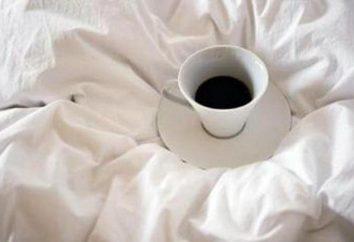 Czarna kawa rozszerza lub zwęża naczynia krwionośne?